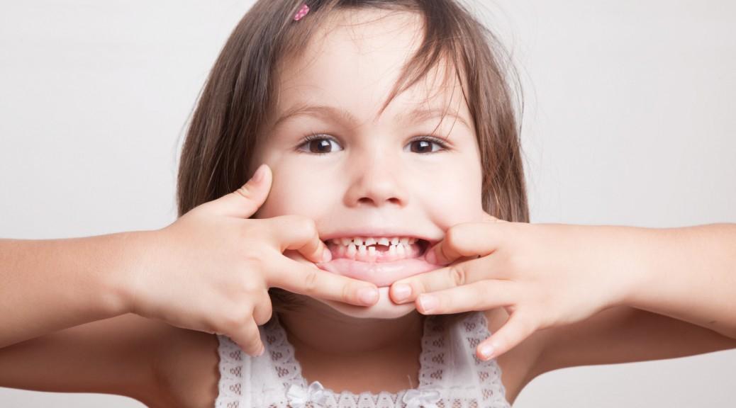 Resultado de imagem para dentes das crianças