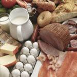 Nutrição e alimentos que previnem cáries dentárias.