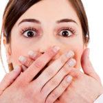 Clareamento em dentes com restaurações em resina tem segredos.