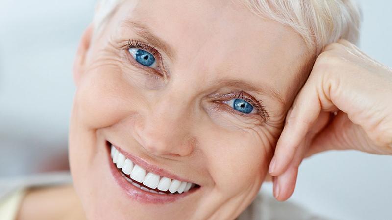 prótese dentária tipo protocolo acrílico porcelana